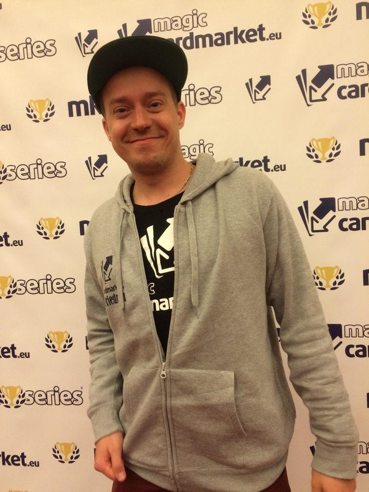Fabian Friedrich added a second top 8 at MKMS London 2016! He was among the final 8 of our Standard main event!