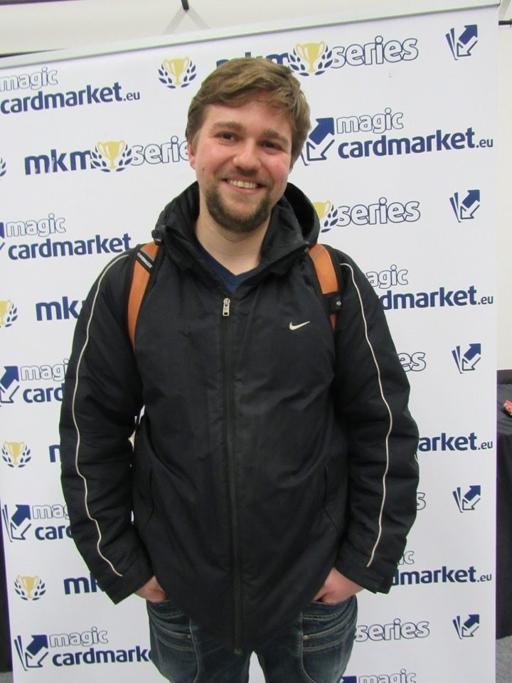 Anton Karlinski added a second Top 8 appearance at the Vintage main event of MKM Series Prague 2016!