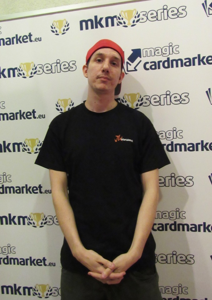 Julian Nazerenus advanced to the Top 8 of the Vintage main event at the MKM Series Frankfurt!