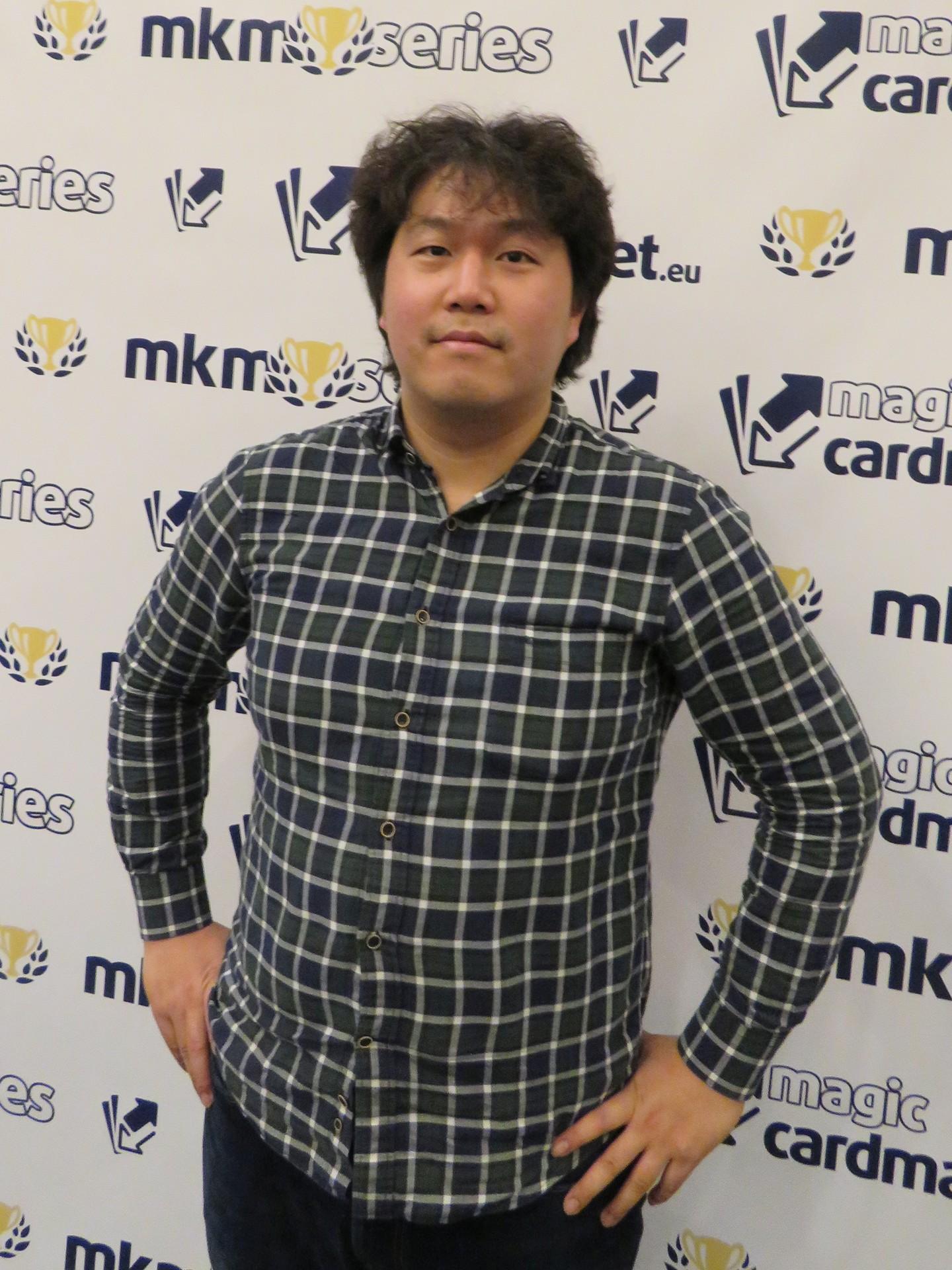 Eiyong Ahn
